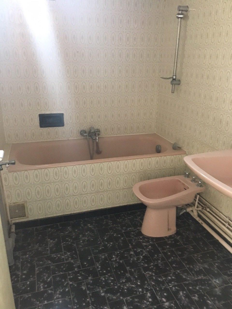 Vue de l'une des salles de bain